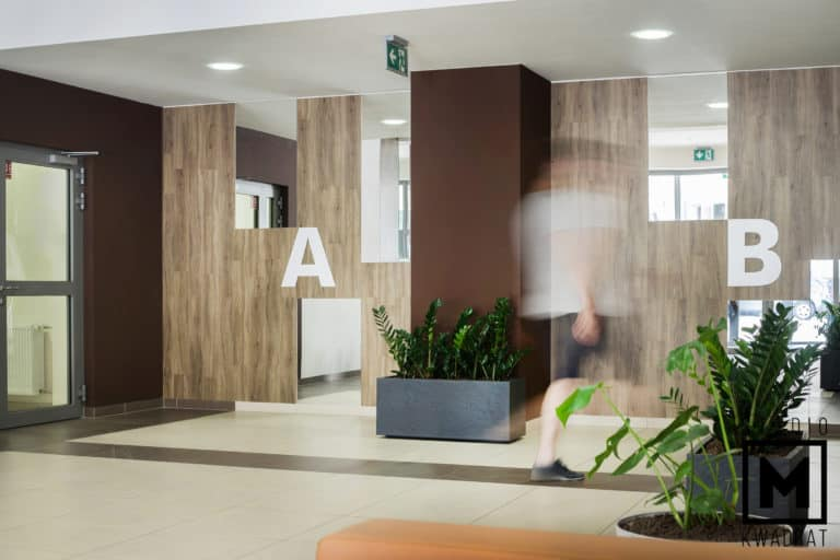 hol w apartamentowcu chłapowskiego wilda poznań