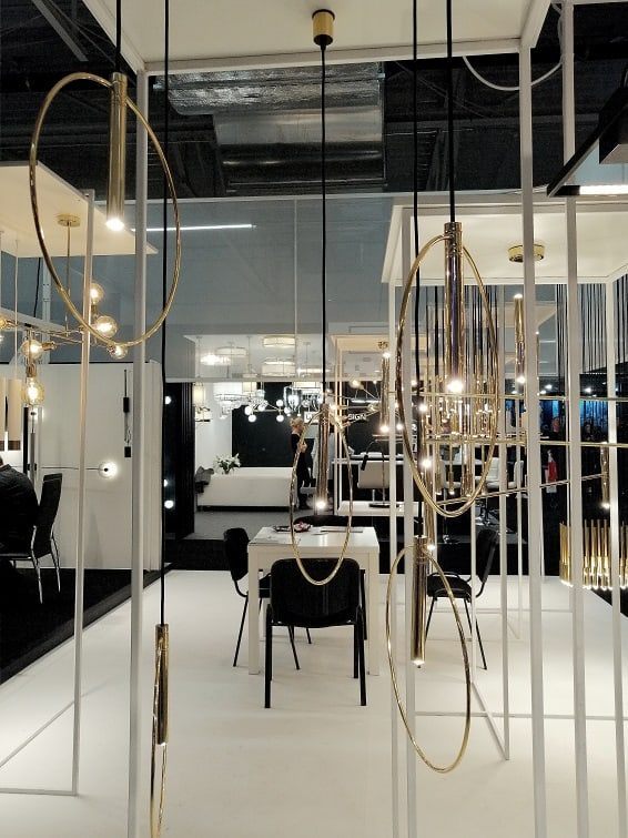 złote nowoczesne koowe lampy