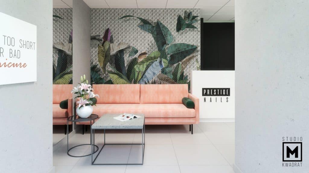 poczekalnia w salonie stylizacji paznokci manicure pedicure Poznań pomarańczowa sofa, wielkoformatowa tapeta z motywami roślinnymi
